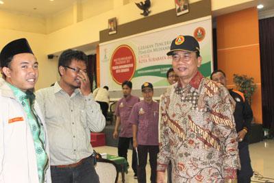 Calon Wali Kota Surabaya Dr Rasiyo menjadi pembicara saat pemilihan pengurus pemuda Muhammadiyah Surabaya, Minggu (27/9) di Universitas Muhammadiyah Surabaya.